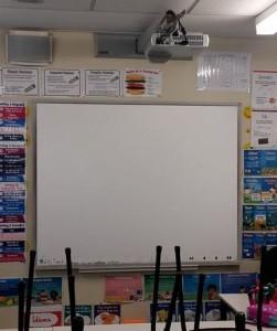 SCHOOL  PROJECTOR REPAIRS SERVICE SYDNEY MARRICKVILLE